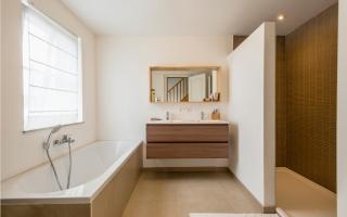 Natuurlijk licht in de badkamer