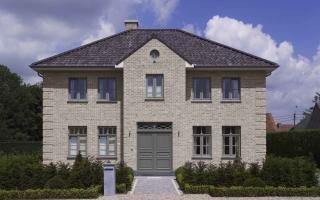 Klassieke woning met siermetselwerk